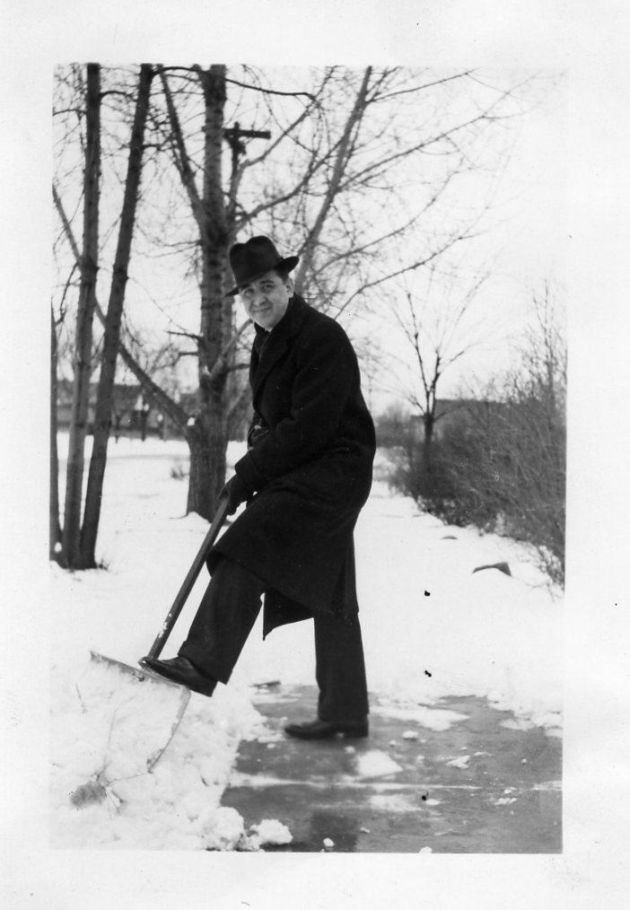 VV shoveling snow, 1939